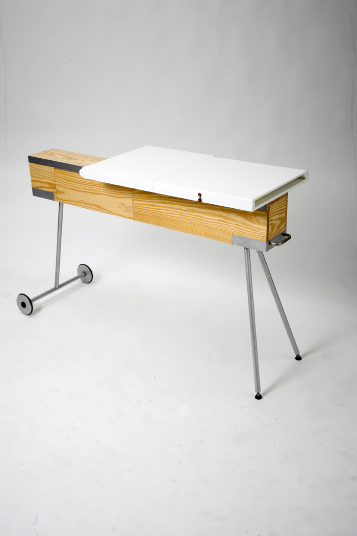 q2xro-curro-perez-alcantara-industrial-design-slow-domo-table (3) low